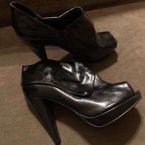 NWOT Women's Torrid 8 Black Booties